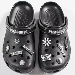 Pleasures x Crocs Dimitri Clog Classic Utopia